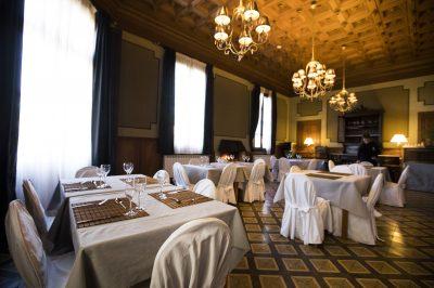 villa engracia. restaurant